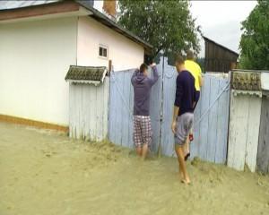 inundatii-neamt-7-300x240