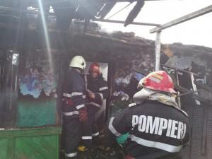 incendiu pompieri vaslui negresti foc (1)