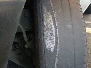 explozie pneu